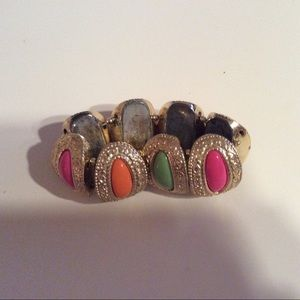 Jewelry - Vintage multi-colored bracelet